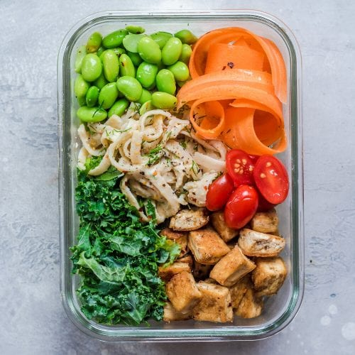 Tuesday: High-Protein Noodle Bowl with Creamy Hummus Sauce