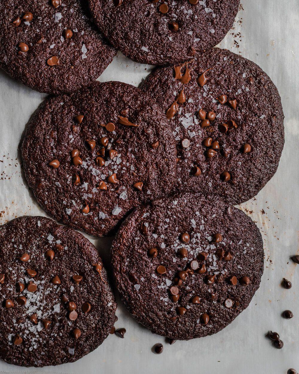 Vegan Dark Chocolate Blackout Cookies