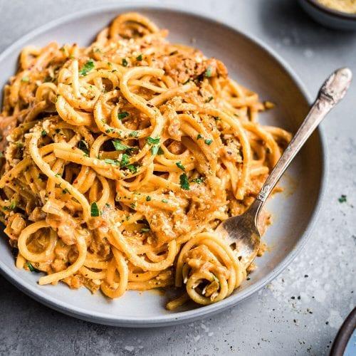 10-Ingredient Creamy Vegan Pantry Pasta