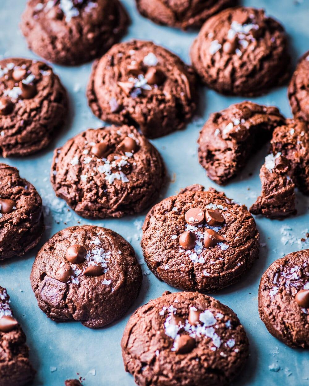 10 Healthy Vegan Chocolate Desserts. Vegan Triple Chocolate Cookies.
