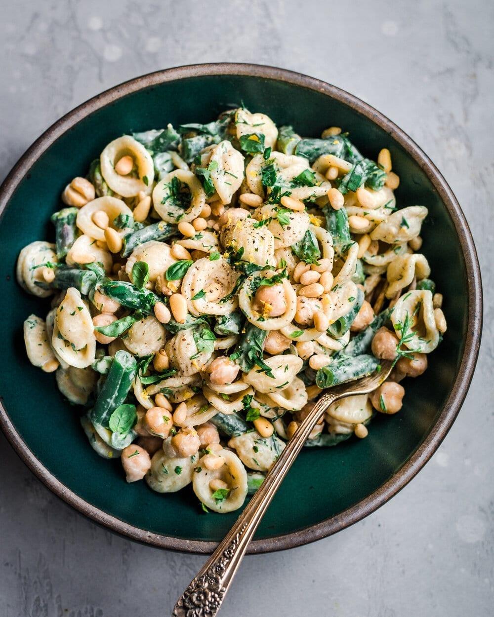 10 Creamy Vegan Pasta Recipes. vegan pasta salad. vegan tahini pasta salad.