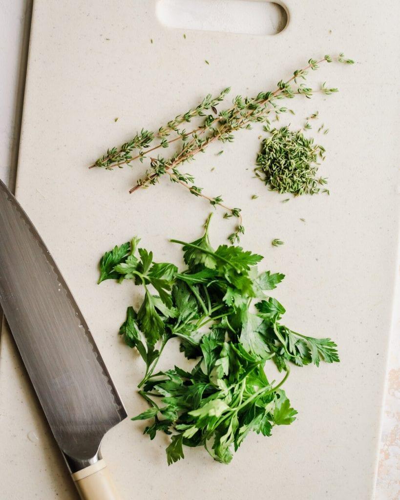 chop parsley thyme