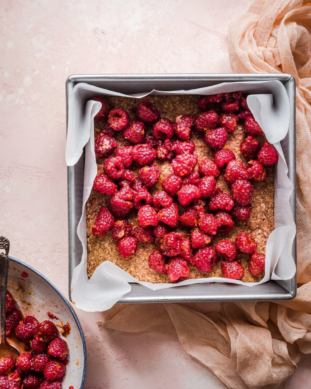Vegan Raspberry Crumble Bars