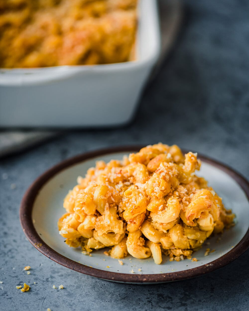 baked mac and cheese - on plate (1 of 1).jpg